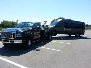 Roadside Assistance | Autopros Towing & Recovery | Tampa, FL